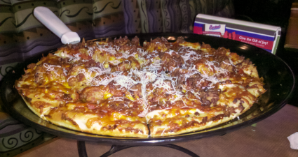 bostons-the-gourmet-pizza-mama-meata