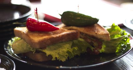 eats-american-grill-midwest-blt